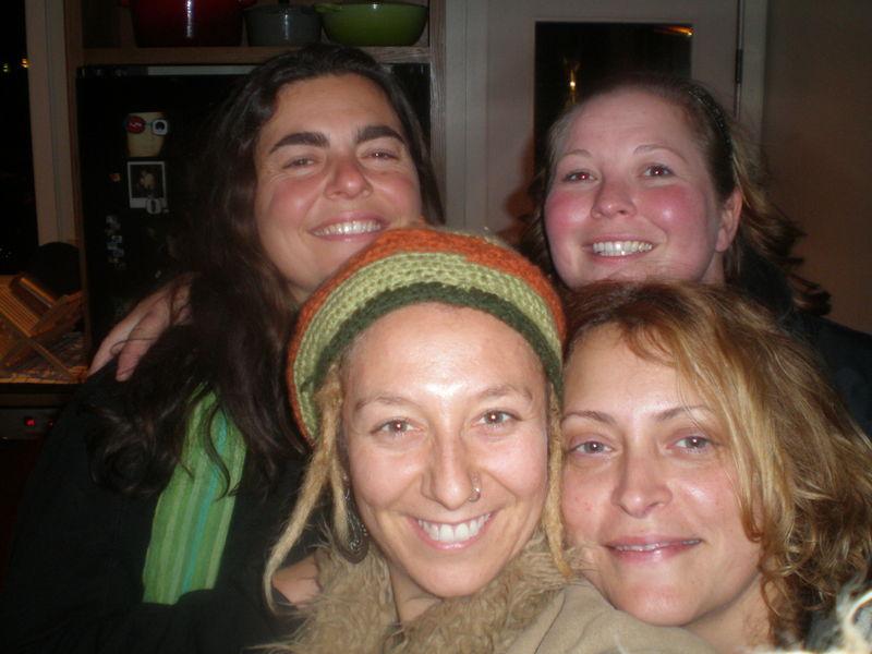 Melissa, Dana, Gabs, n Jessie 2