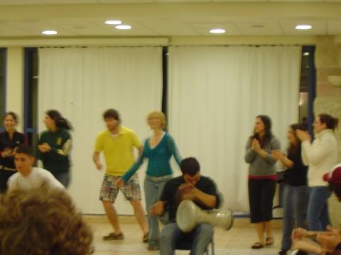 Dancing_darbuka