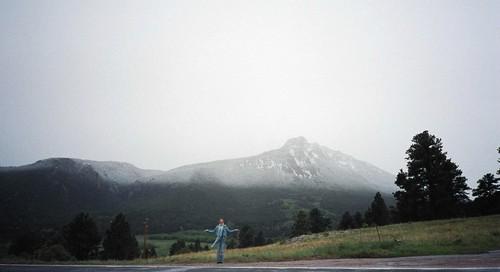 Dana_below_half_dusted_mountain